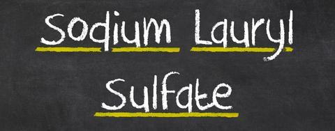 Натриев лаурил сулфат (SLS) - вредна съставка на пастата ви за зъби